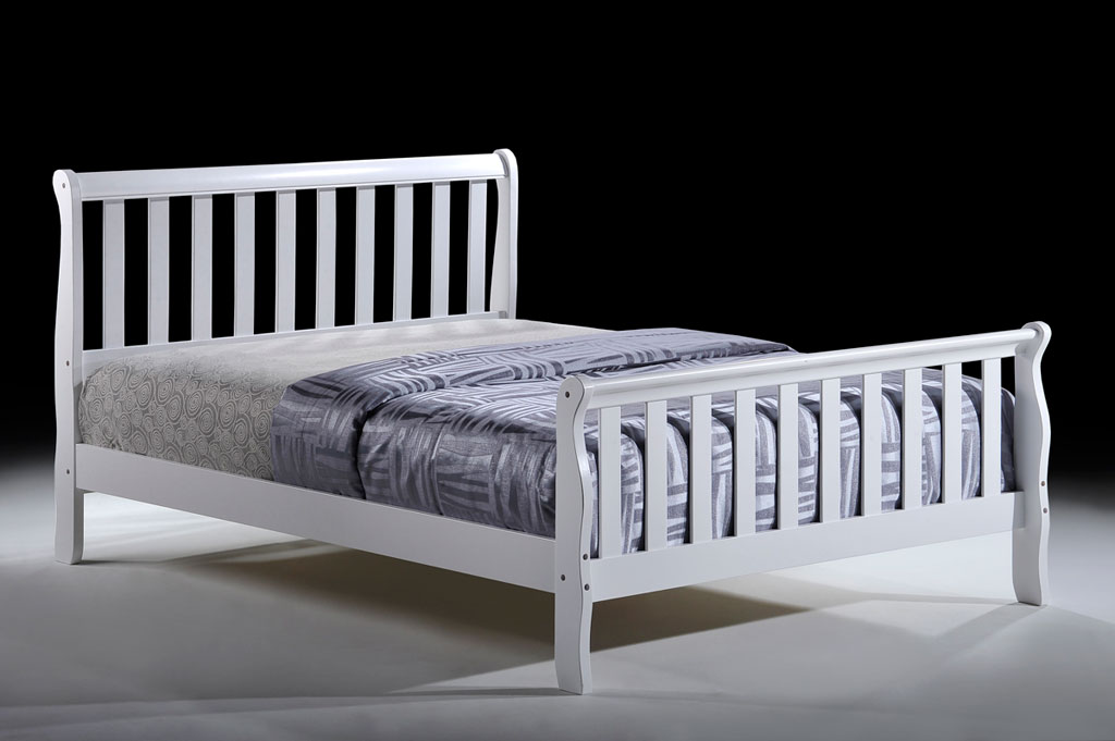 Pippa 4'6 white bed